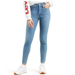 Levi's Mile High Super Skinny jeans size 2/26 NWT